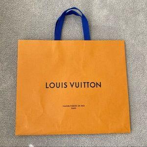 Authentic Louis Vuitton medium shopping bag